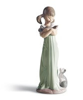 Don't Forget Me Girl Figurine
