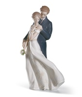 Everlasting Love Couple Figurine