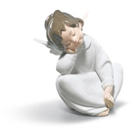 Angel Dreaming Figurine