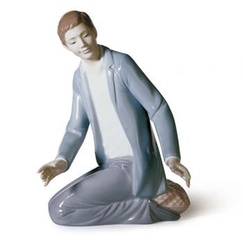 Caring Father Figurine