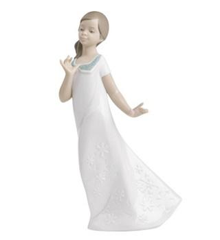 Pretty Naomi Figurine