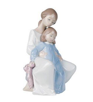 A Moment with Mommy Figurine