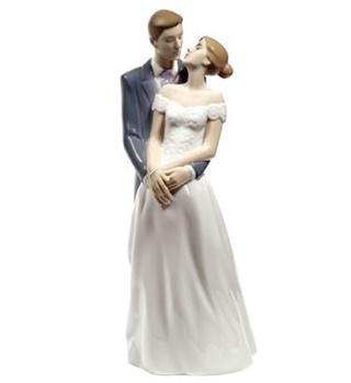 Unforgettable Day Figurine