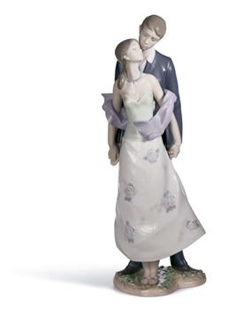Perfect Match Figurine