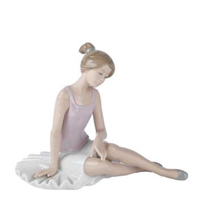 Dancer Rested Figurine