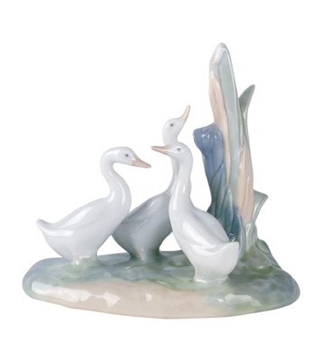 Group of Ducks Figurine